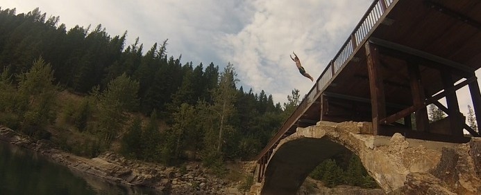 cliff jumping, bridge jumping, jumping, extreme sports, water sports, bridges, cliffs, lakes, lake jumping, oceans, ocean jumping